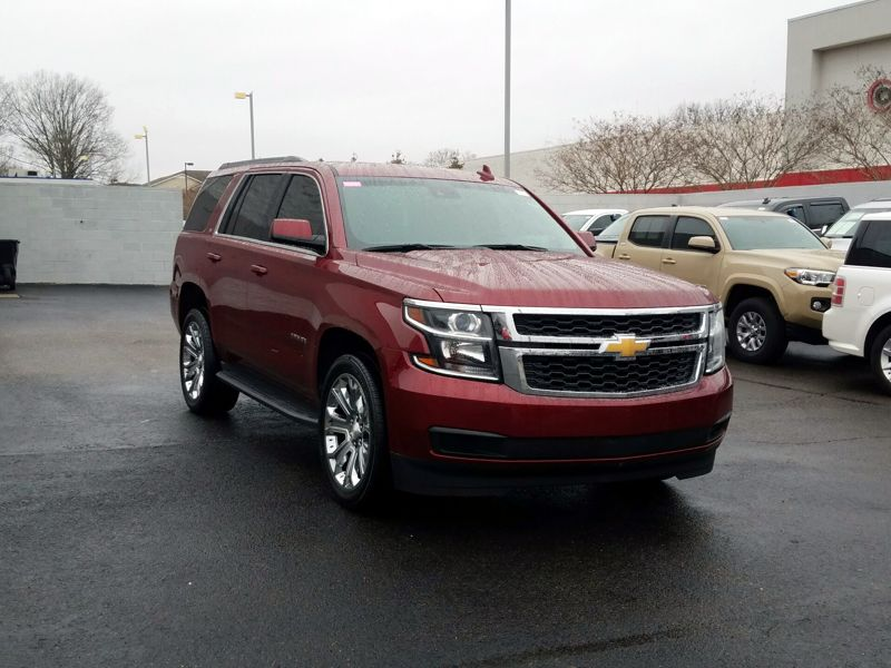 Red2017 Chevrolet Tahoe LT