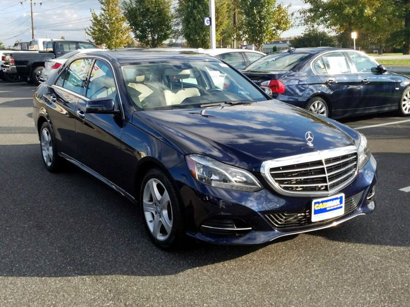 Blue2016 Mercedes-Benz E350 Luxury