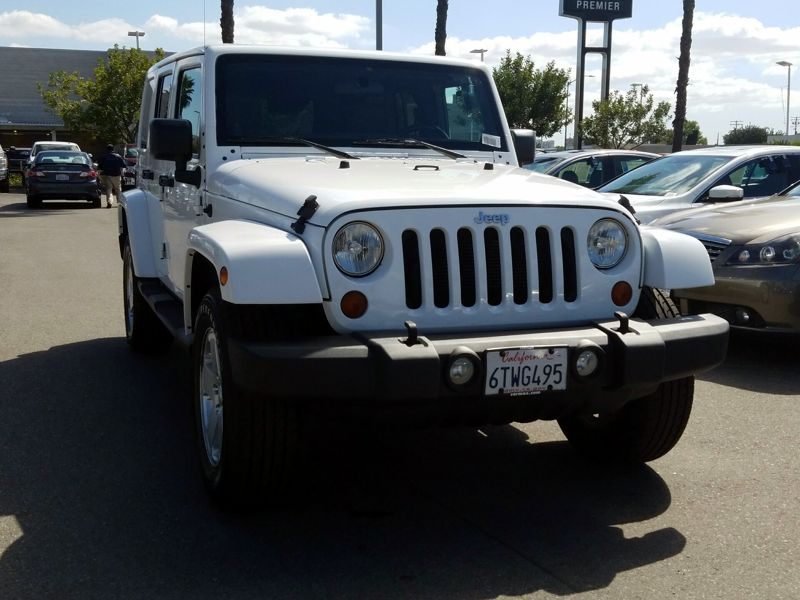 White 2012 Jeep Wrangler Unlimited Sahara For Sale in Costa Mesa, CA