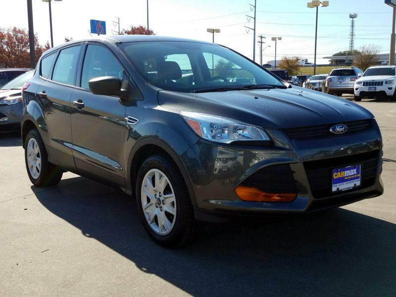 Gray2016 Ford Escape S