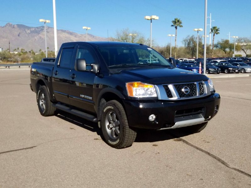 Black 2015 Nissan Titan PRO-4X For Sale in Clackamas, OR
