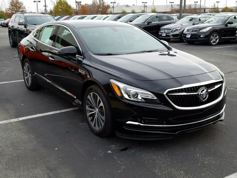 Black2017 Buick LaCrosse Essence