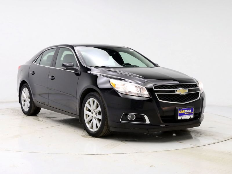 Black2013 Chevrolet Malibu LT