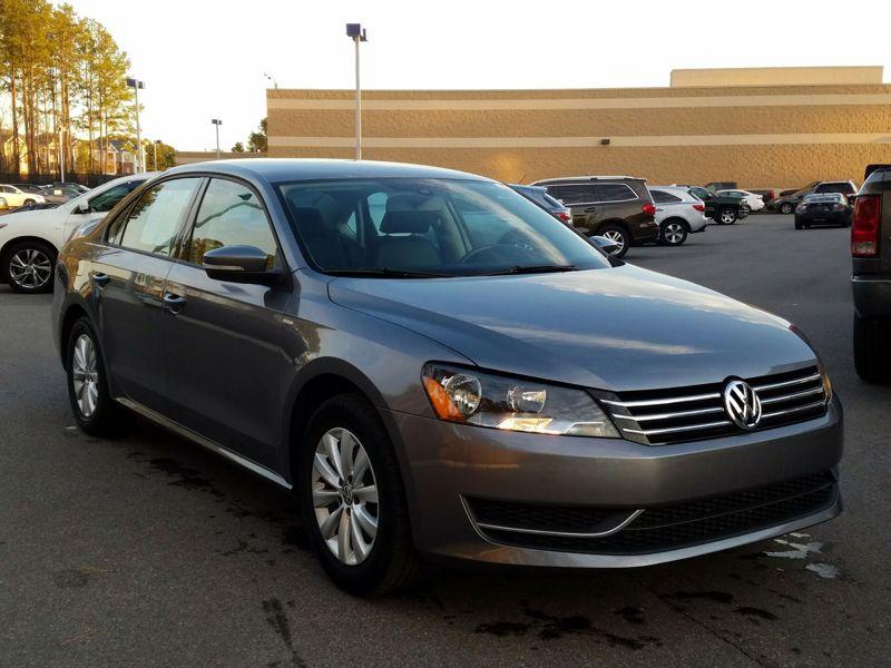 Gray2014 Volkswagen Passat Wolfsburg Edition