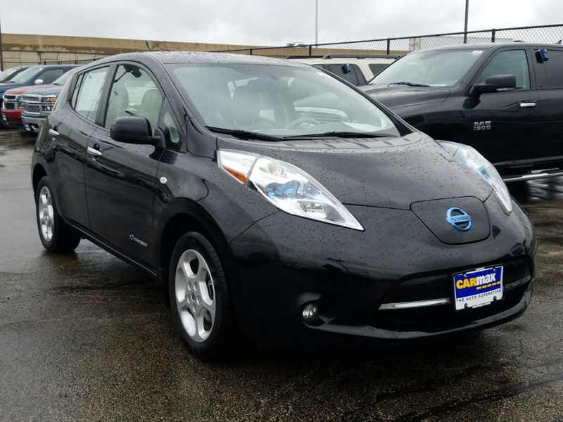 Black2012 Nissan Leaf SL