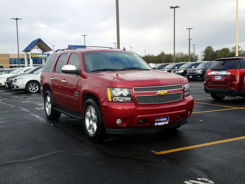 Red2014 Chevrolet Tahoe LS