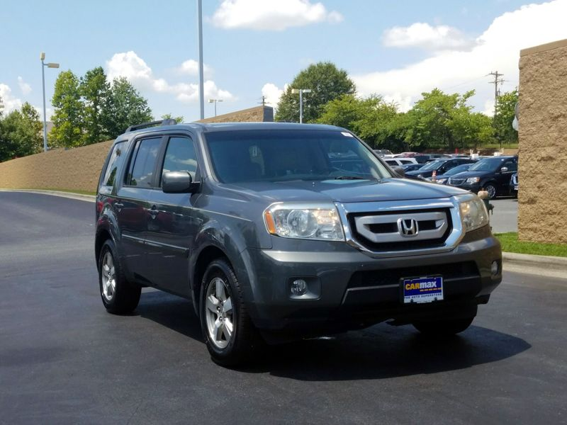 Gray 2009 Honda Pilot EX-L For Sale in Greensboro, NC