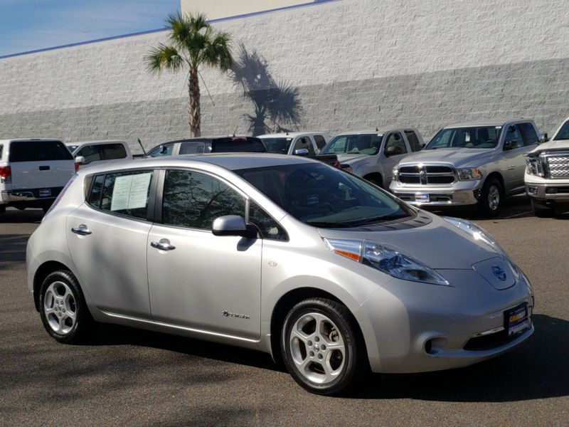 Silver 2012 Nissan Leaf SV For Sale in Columbia, SC