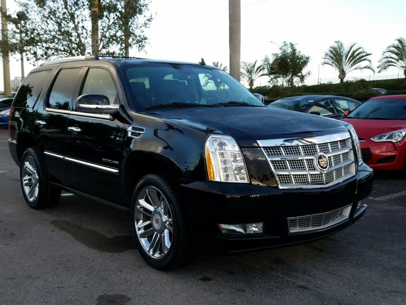 Black2014 Cadillac Escalade Platinum