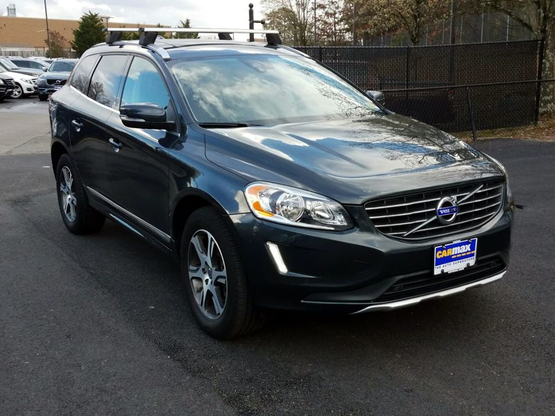 Gray 2015 Volvo XC60 T6 Premier Plus For Sale in Laurel, MD