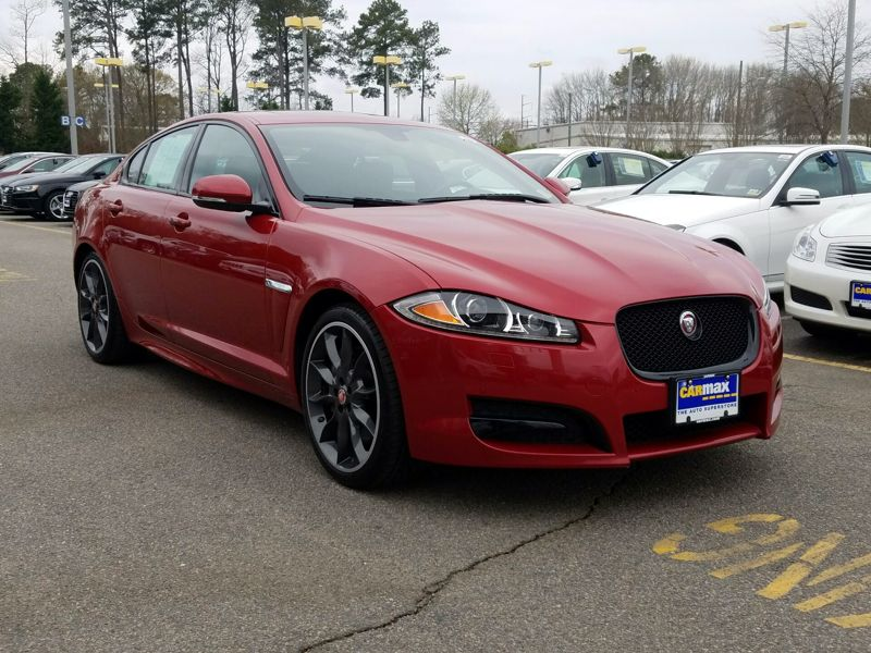 Red2015 Jaguar XF Sport
