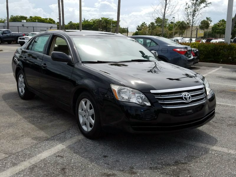 Black 2007 Toyota Avalon XL For Sale in Boynton Beach, FL