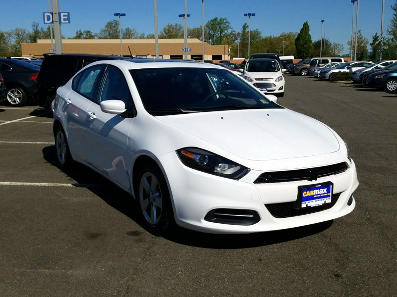 White 2015 Dodge Dart SXT For Sale in Gaithersburg, MD