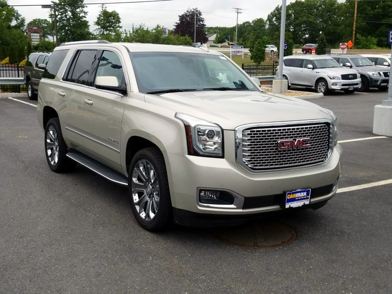 Gold 2015 GMC Yukon Denali For Sale in Lancaster, PA