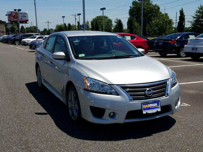 Silver 2014 Nissan Sentra SR For Sale in Gaithersburg, MD