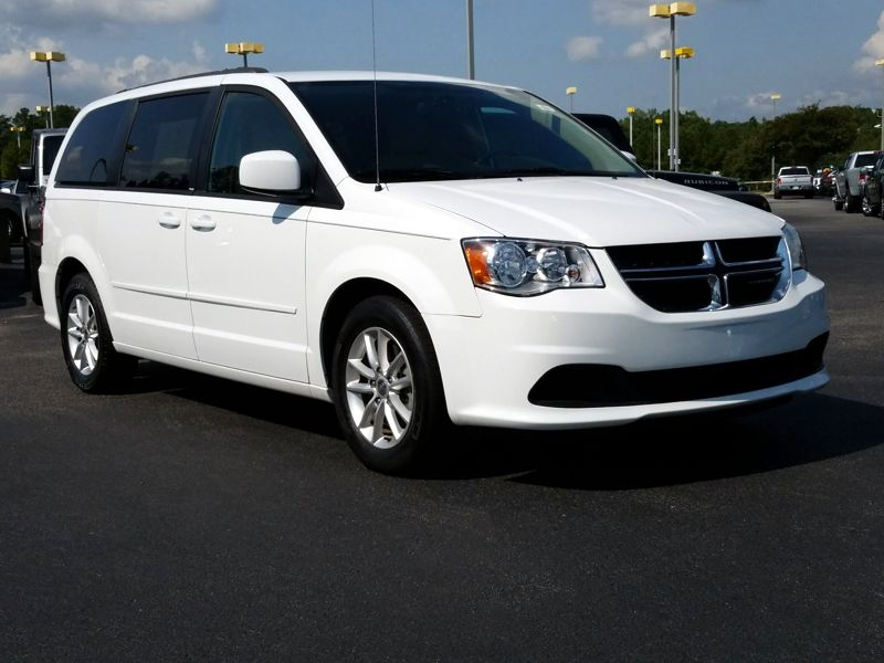 White 2014 Dodge Grand Caravan SXT For Sale in Savannah, GA