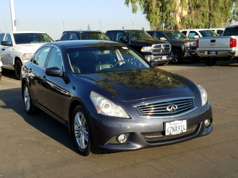 Blue 2013 Infiniti G37 Journey For Sale in Los Angeles, CA