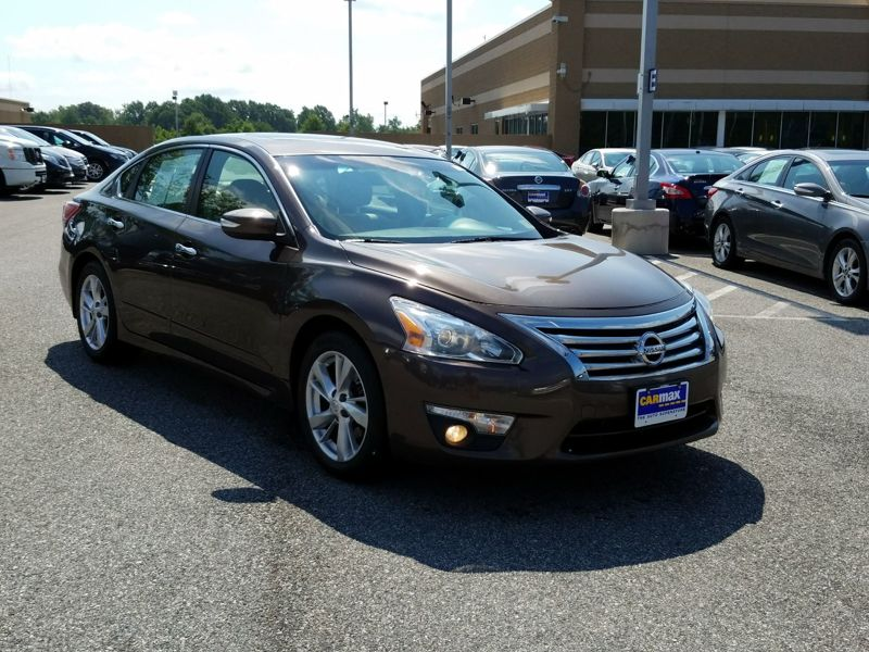 Brown 2013 Nissan Altima SL For Sale in Woodbridge, VA