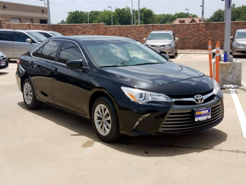 Black 2017 Toyota Camry LE For Sale in Houston, TX