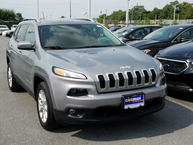 Silver 2015 Jeep Cherokee Latitude For Sale in Gaithersburg, MD
