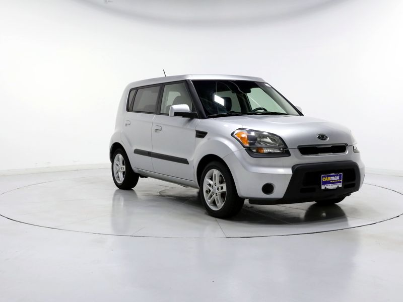 Silver 2010 Kia Soul + For Sale in Woodbridge, VA