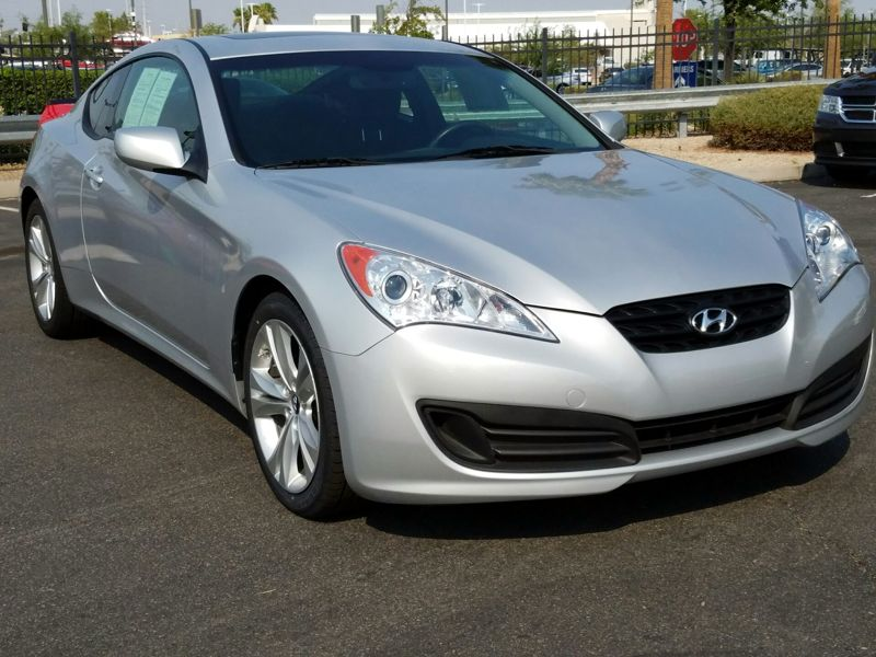 Silver 2012 Hyundai Genesis Premium For Sale in Las Vegas, NV