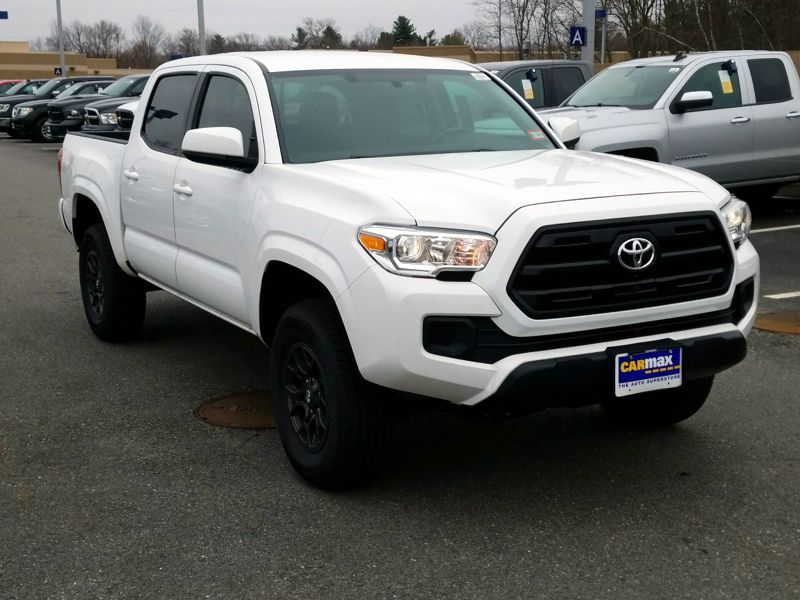 White 2016 Toyota Tacoma SR For Sale in Woodbridge, VA