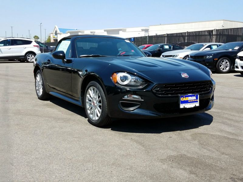 Black 2018 Fiat 124 Spider Classica For Sale in Los Angeles, CA