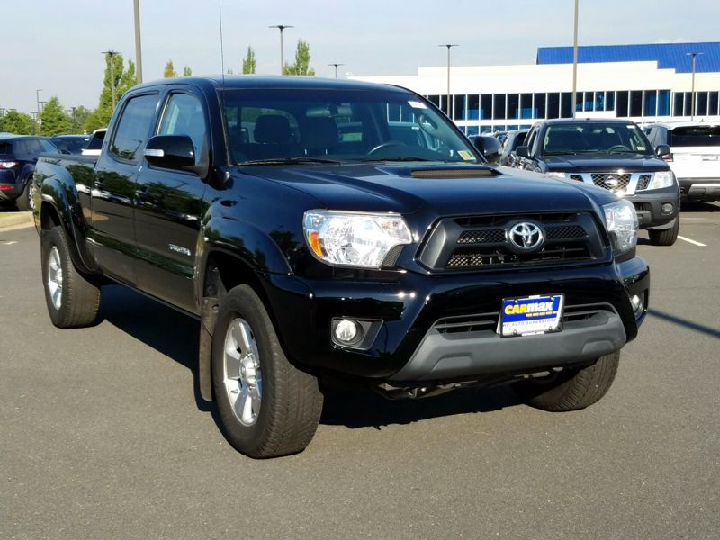 Black 2015 Toyota Tacoma For Sale in Gaithersburg, MD