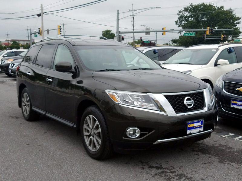 Green 2015 Nissan Pathfinder SV For Sale in Frederick, MD