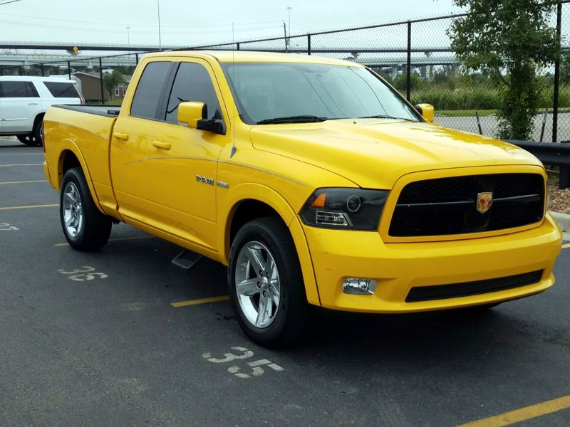 Yellow 2009 Dodge Ram 1500 Sport For Sale in Houston, TX