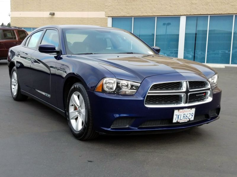 Blue 2014 Dodge Charger SE For Sale in Sacramento, CA
