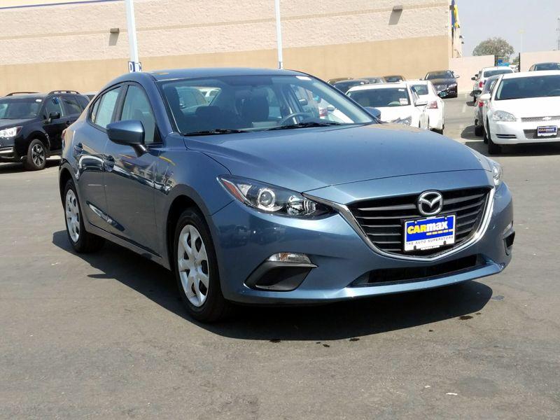 Blue 2015 Mazda Mazda3 i Sport For Sale in Las Vegas, NV