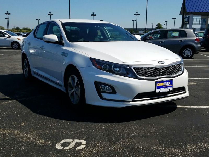 White 2015 Kia Optima Hybrid LX For Sale in Chicago, IL